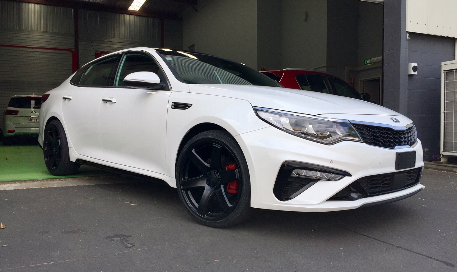 Kia Optima GT on BGW Beast